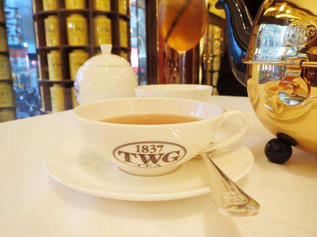 TWG アフタヌーンティー ロンドン 紅茶 マカロンノワール