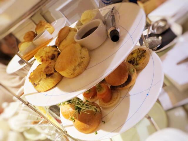 The Ampersand Hotel, サイエンス・アフタヌーンティー、美味しいスコーンとサンドイッチ